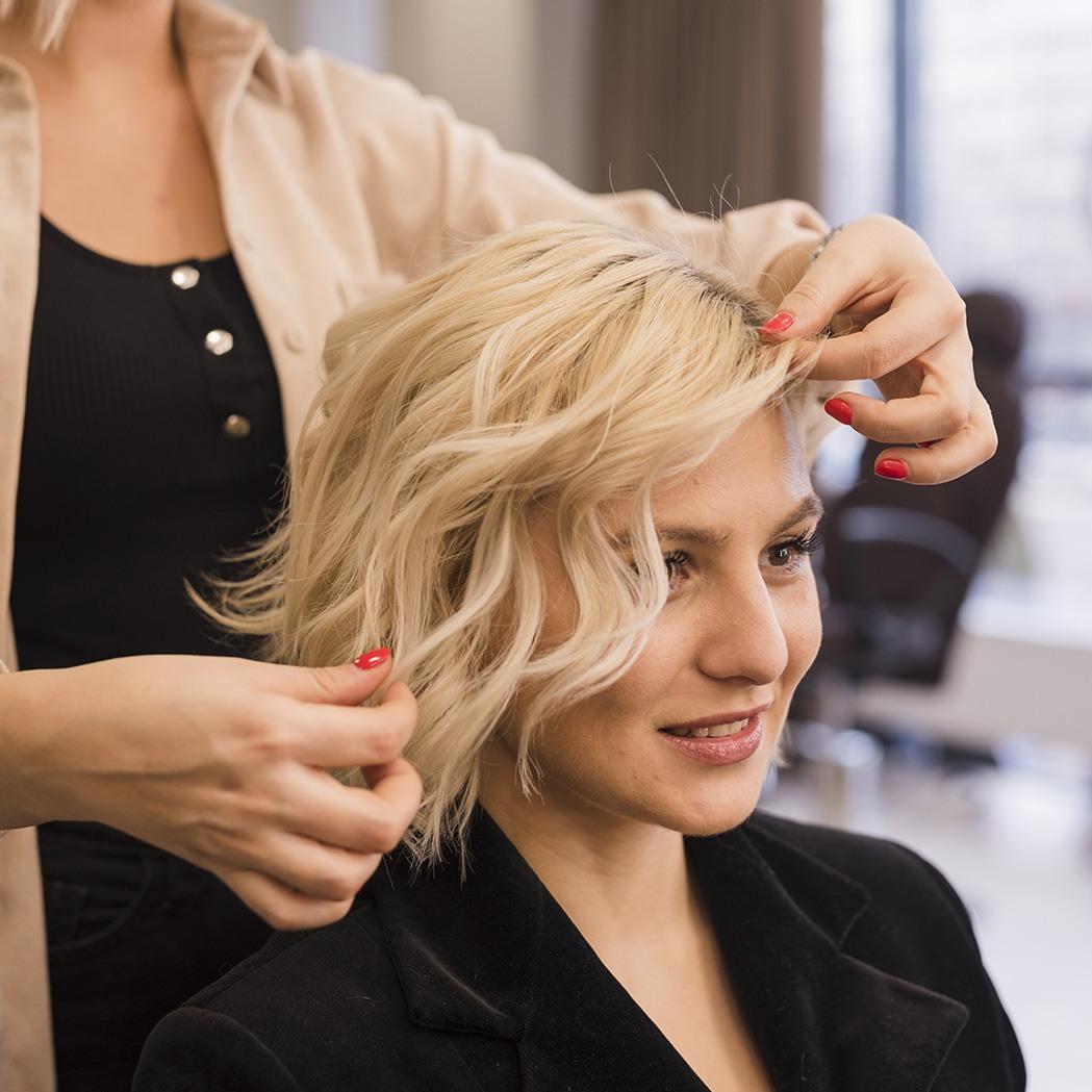 salon de coiffure a Pegomas-coiffeur Pegomas-coloration La Roquette-sur-Siagne-coiffure de mariage Mouans-Sartoux-barbier Tanneron-coupe de cheveux Pegomas
